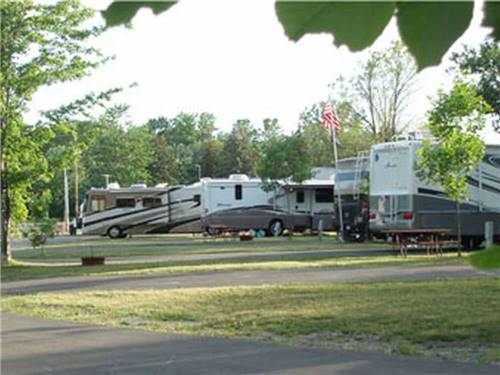 AA ROYAL MOTEL & CAMPGROUND at NIAGARA FALLS, NY