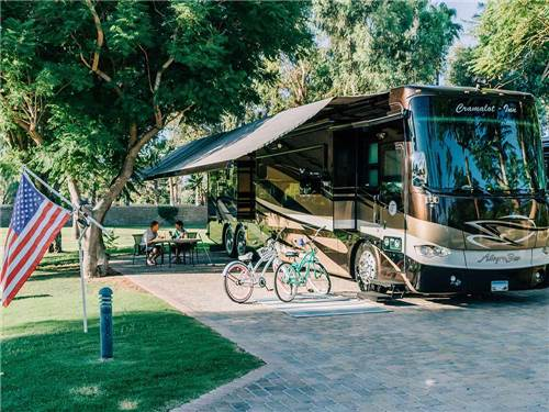 EMERALD DESERT RV RESORT - SUNLAND at PALM DESERT, CA