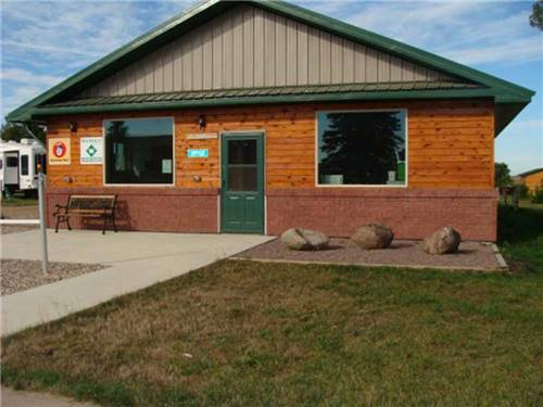 COUNTY LINE RV PARK & CAMPGROUND at SUMMIT, SD