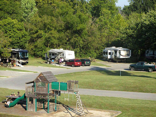 THE LANDING POINT RV PARK at CAPE GIRARDEAU, MO