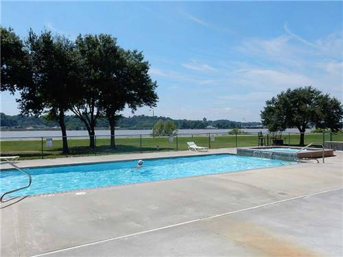 RIVER VIEW RV PARK AND RESORT at VIDALIA, LA