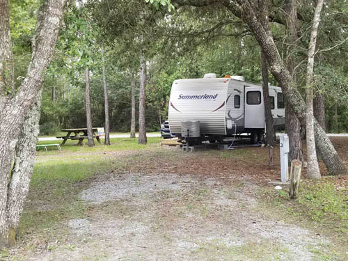 BAY HIDE AWAY RV PARK & CAMPGROUND at BAY ST LOUIS, MS