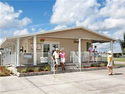 MAJESTIC OAKS RV RESORT at ZEPHYRHILLS, FL