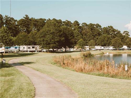 LAKESIDE RV PARK at LIVINGSTON, LA