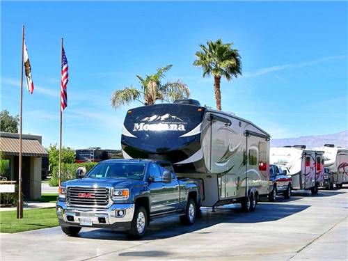 SHADOW HILLS RV RESORT at INDIO, CA
