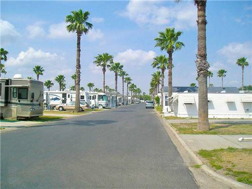 SOUTHERN COMFORT RV RESORT at WESLACO, TX