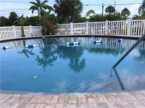 TAMPA SOUTH RV RESORT at RUSKIN, FL