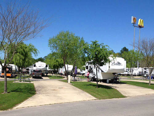 CYPRESS BEND RV PARK at IOWA, LA