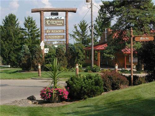 EVERGREEN PARK RV RESORT at MOUNT EATON, OH