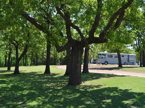 OAK GLEN RV PARK at CHANDLER, OK