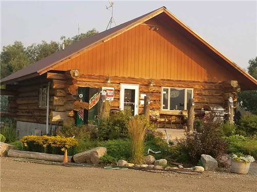 TWIN PINES RV PARK & CAMPGROUND at LANDER, WY