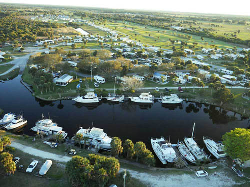 THE GLADES RV RESORT at LA BELLE, FL