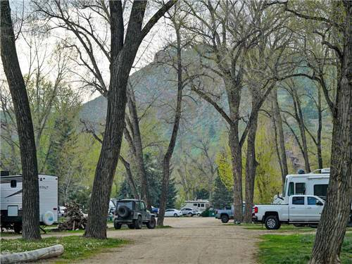RIVERVIEW RV PARK & CAMPGROUND at LOVELAND, CO