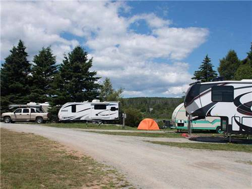 PONDEROSA PINES CAMPGROUND at HOPEWELL CAPE, NB