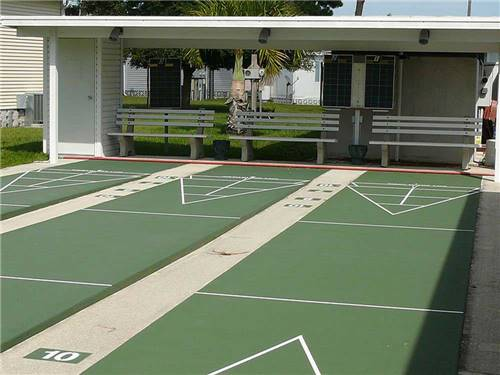 FLORIDA PINES MOBILE HOME COURT at VENICE, FL