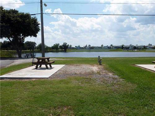 CENTRAL PARK RV RESORT at HAINES CITY, FL