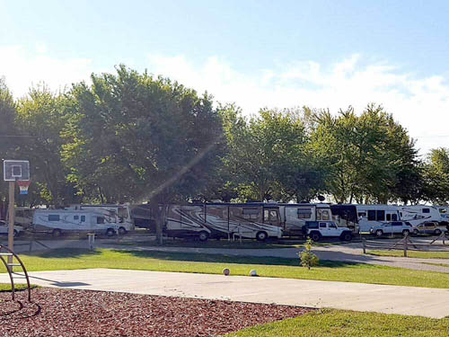 DOUBLE J CAMPGROUND at SPRINGFIELD, IL