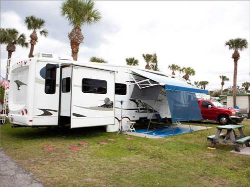 GROVES RV RESORT at FORT MYERS, FL