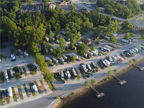 BRANSON LAKESIDE RV PARK at BRANSON, MO