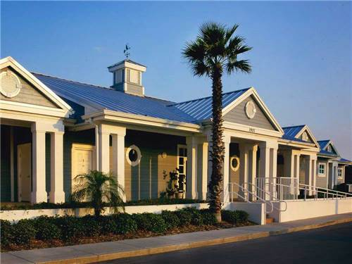 DUNEDIN RV RESORT at DUNEDIN, FL
