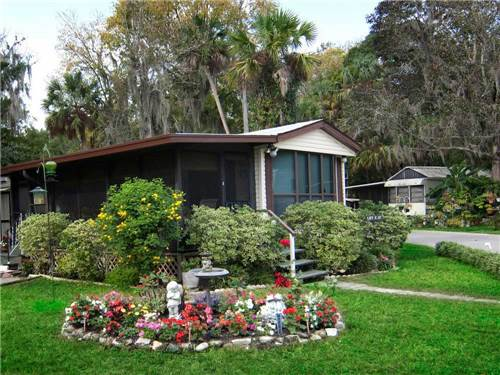 HOMOSASSA RIVER RV RESORT at HOMOSASSA, FL