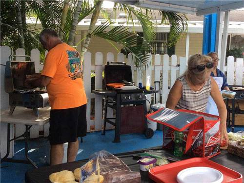 PARADISE ISLAND RV RESORT at FORT LAUDERDALE, FL