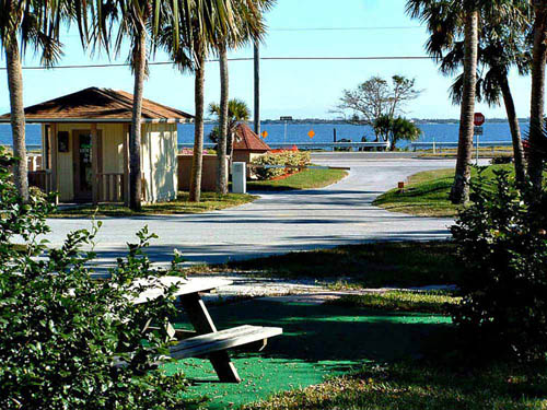 CAMELOT RV PARK at MALABAR, FL