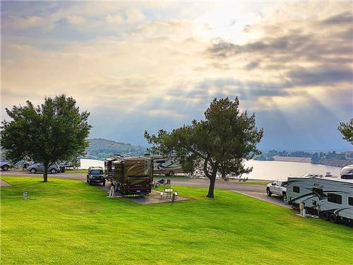 Bonelli Bluffs RV Resort & Campground (formerly East Shore RV Park)