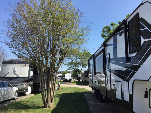CRESTVIEW RV PARK at AUSTIN, TX