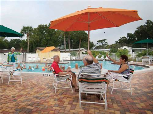 HORSESHOE COVE CAREFREE RV RESORT at BRADENTON, FL