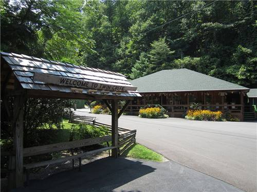 TWIN CREEK RV PARK at GATLINBURG, TN