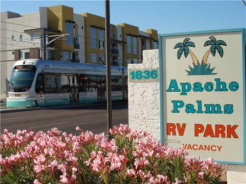 APACHE PALMS RV PARK at TEMPE, AZ