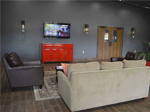 ROADRUNNER RV PARK at OKLAHOMA CITY, OK
