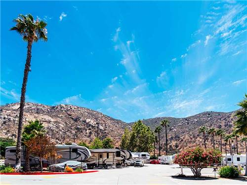 OAK CREEK RV RESORT - SUNLAND at EL CAJON, CA