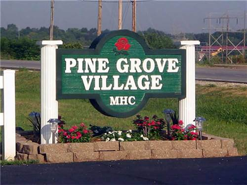 Pine Grove MHC & RV Community