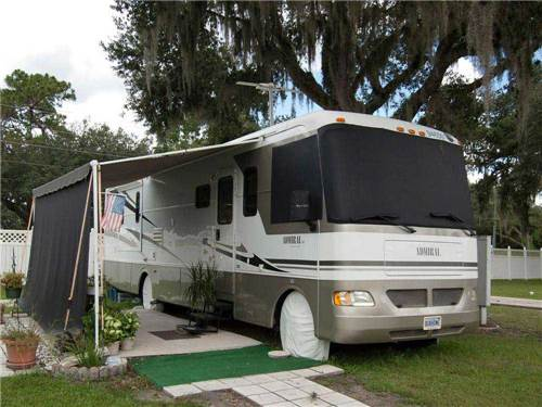 SOUTHERN CHARM RV RESORT at ZEPHYRHILLS, FL