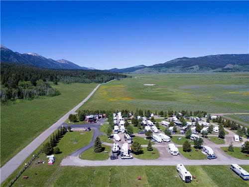 full hookup campgrounds near yellowstone