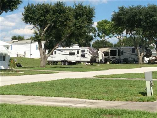 LE LYNN RV RESORT at POLK CITY, FL