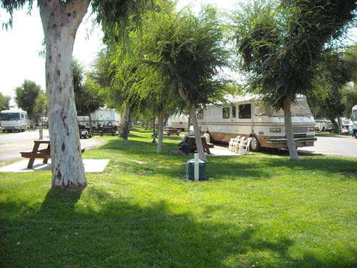 Bakersfield RV Travel Park