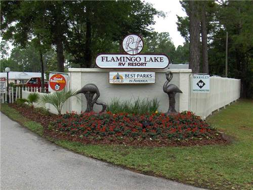 FLAMINGO LAKE RV RESORT at JACKSONVILLE, FL