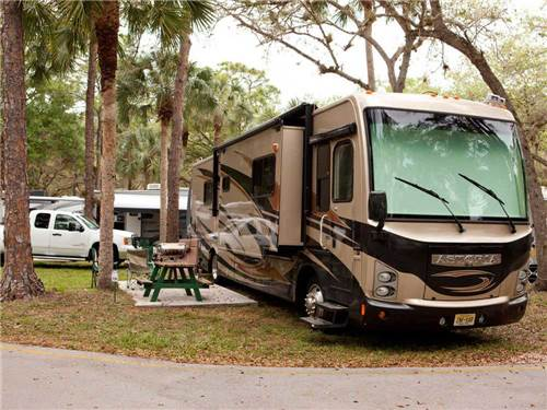 NAPLES RV RESORT at NAPLES, FL