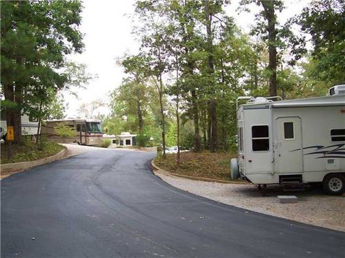 CAMPGROUND AT BARNES CROSSING at TUPELO, MS