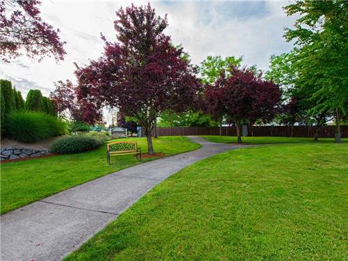 OLDE STONE VILLAGE RV PARK at MCMINNVILLE, OR