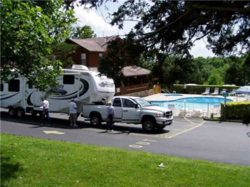 AMERICAS BEST CAMPGROUND at BRANSON, MO