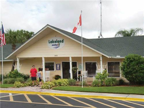 LAKELAND RV RESORT at LAKELAND, FL