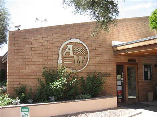 APACHE WELLS RV RESORT at MESA, AZ