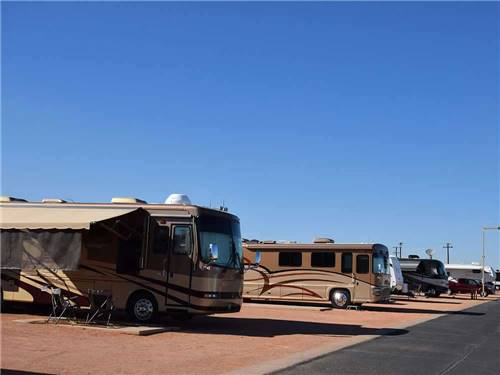 COTTON LANE RV & GOLF RESORT at GOODYEAR, AZ