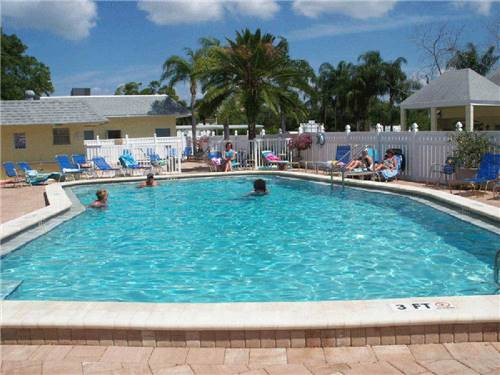 YANKEE TRAVELER RV PARK at LARGO, FL
