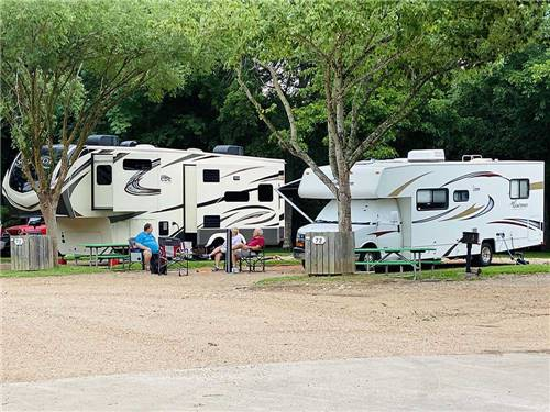 COLORADO LANDING RV PARK at LA GRANGE, TX