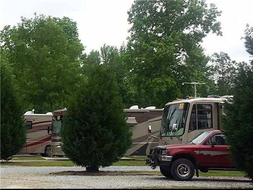 LAKE PINES RV PARK & CAMPGROUND at COLUMBUS, GA